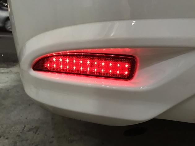 三段式 LED 反光片 2