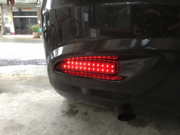 三段式 LED 反光片 4